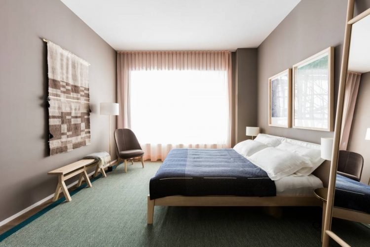 we-found-your-dream-model-home-12-warren-tribeca-master-bedroom-muted-neutrals-5893b95148e2580fe36d0158-w1000_h1000